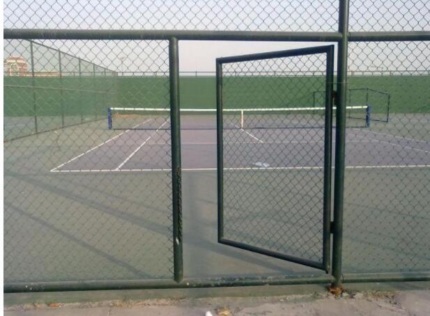 體育場防護網特點及規格