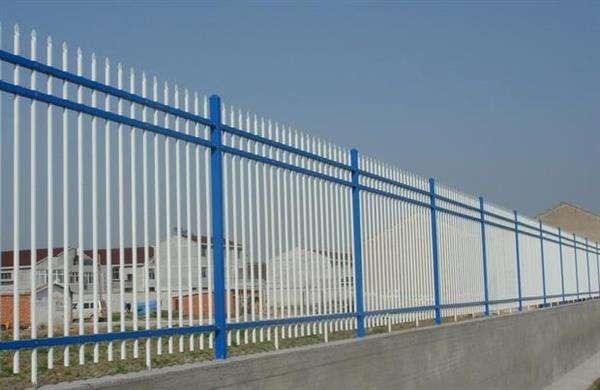 不同颜色的护栏网有什么区别?