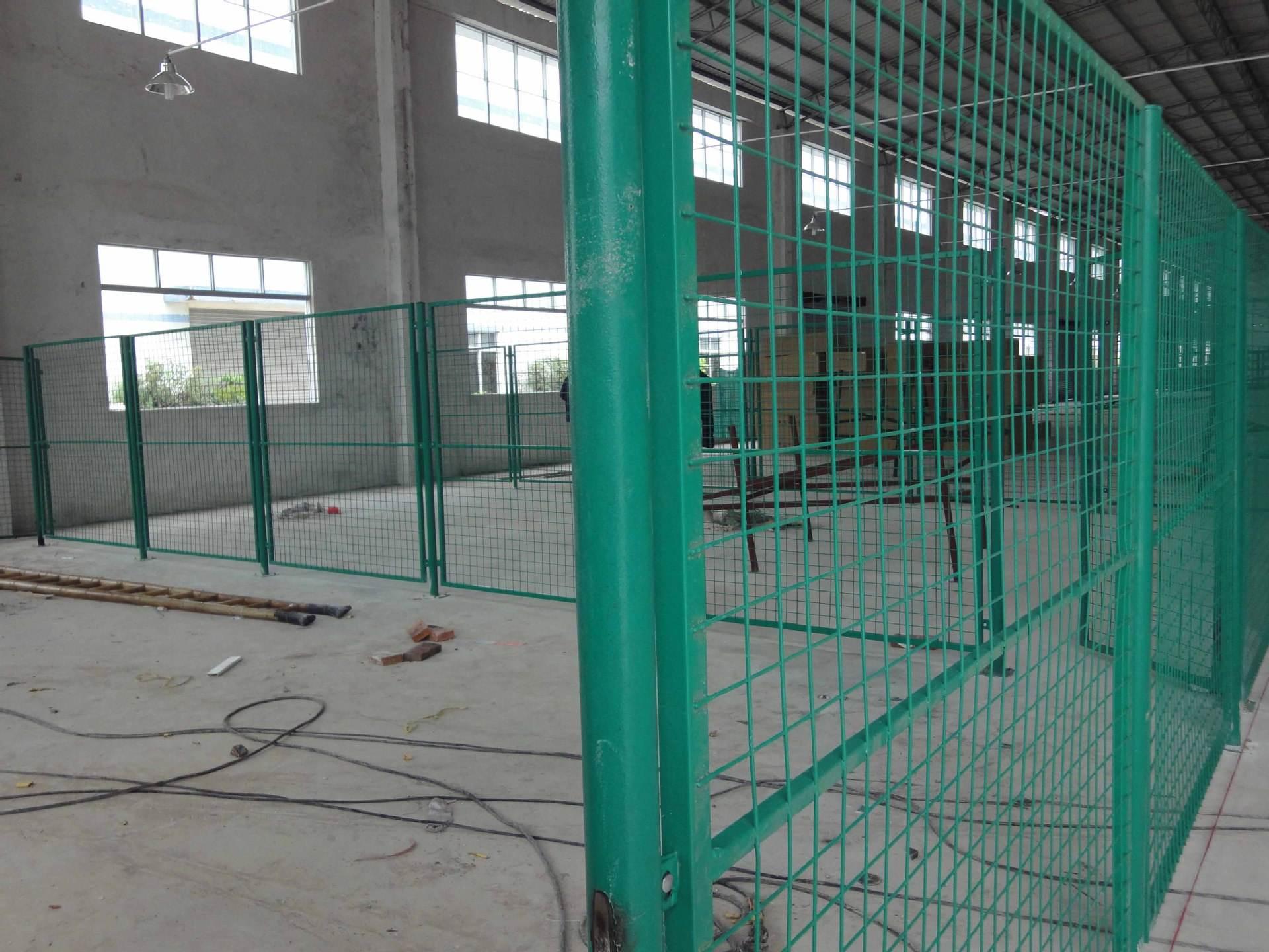 如何提高护栏网的浸塑质量?