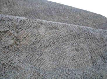 怎样安装边坡护栏网