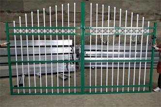 如何选择质量好的基坑护栏网