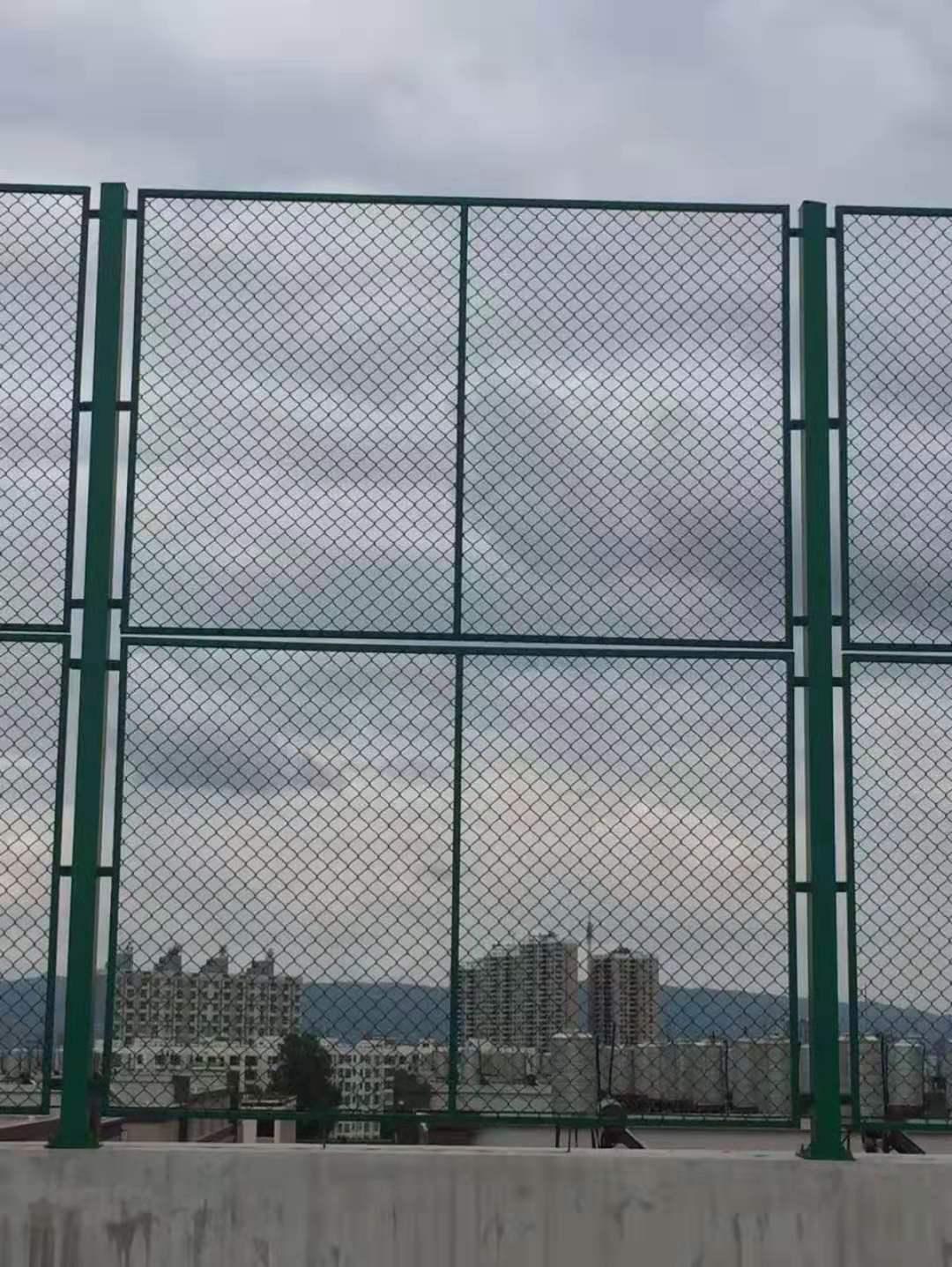 云南护栏网批发厂家