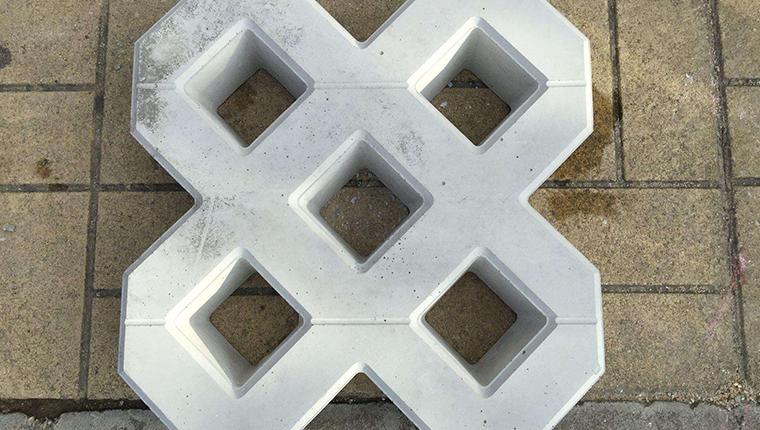 万博manbetx官网网页版厂生产植草砖的全过程详解