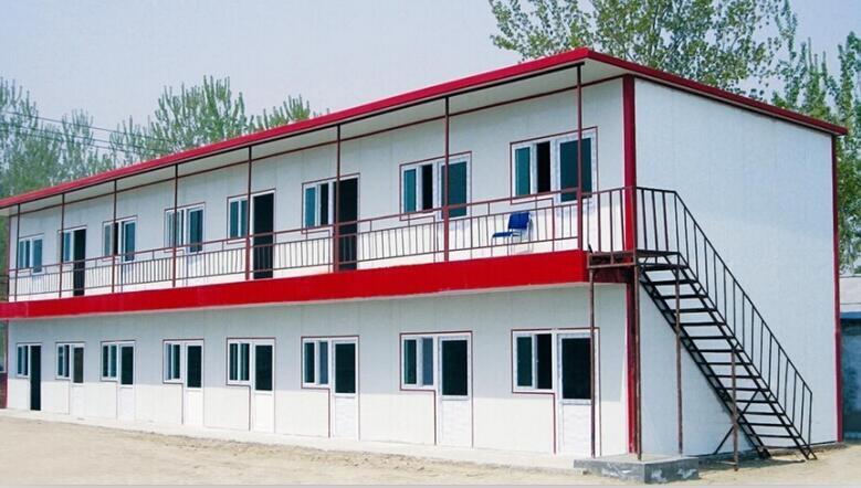 红河折叠集装箱厂家在吊装住人集装箱时需要注意哪些问题?