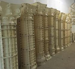米白色塑钢罗马柱