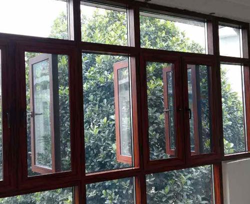 云南断桥铝门窗和铝合金门窗相…