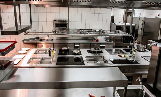 「商用厨具」选择商用厨具设备的标准