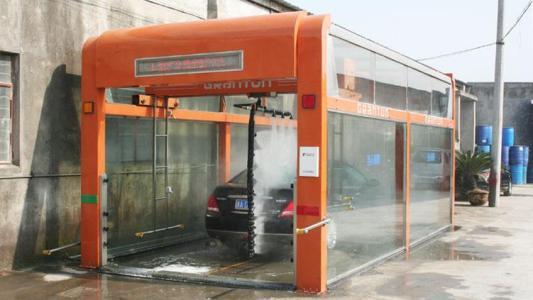 选购全自动洗车设备请从这四个方面入手