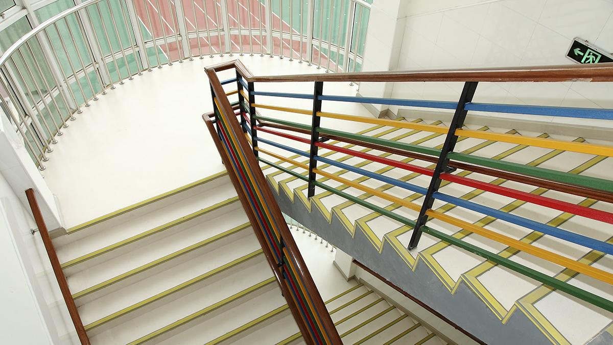 樓梯PVC塑膠地板鋪設