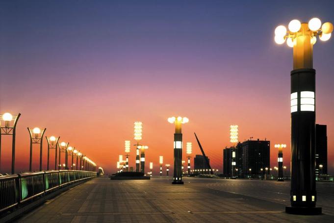 云南景观灯,因景观灯多妙元素让城市的夜更放纵