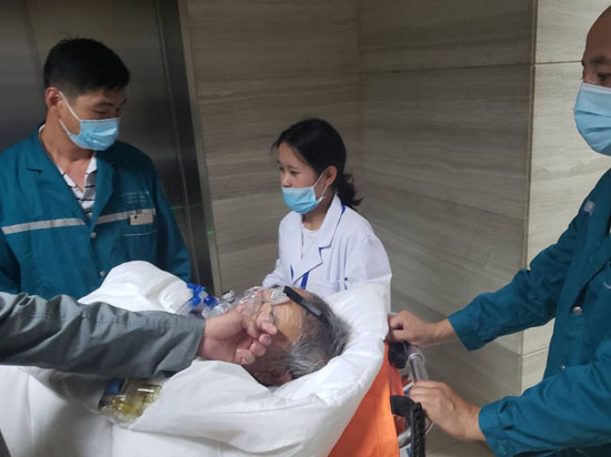云南省第一人民医院呼吸科患者非院前转运至腾冲
