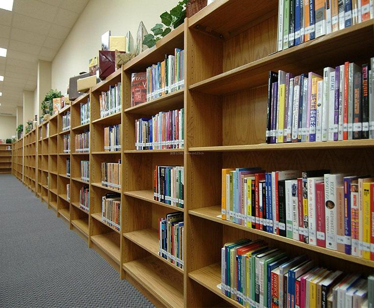 昆明图书馆书架
