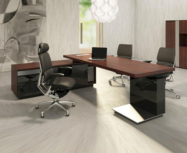 昆明油漆办公桌