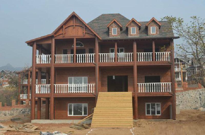 别墅型防腐木木屋