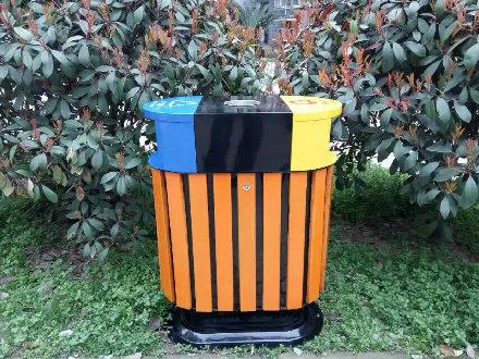 公园防腐木垃圾桶