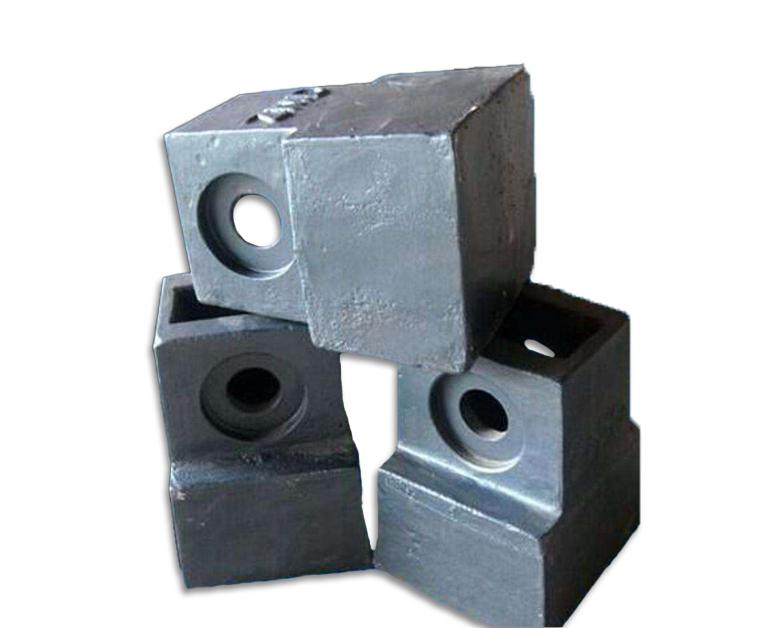 为什么昆明锤式破碎机锤头会出现气孔?导致破碎机锤头气孔问题的原因是什么?