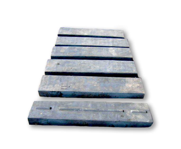日常生产中如何做好板锤的维护工作