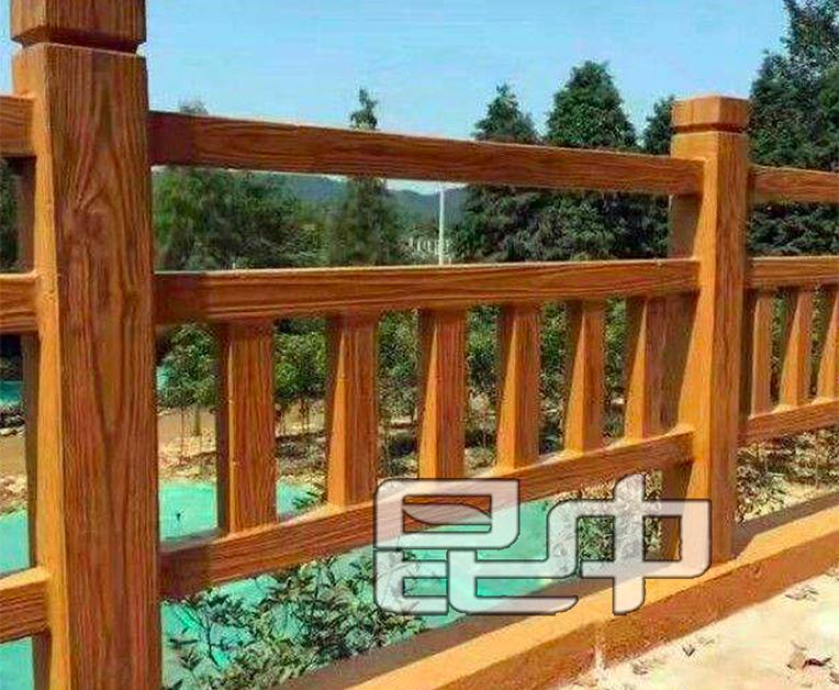 昆明河堤仿木栏杆价格