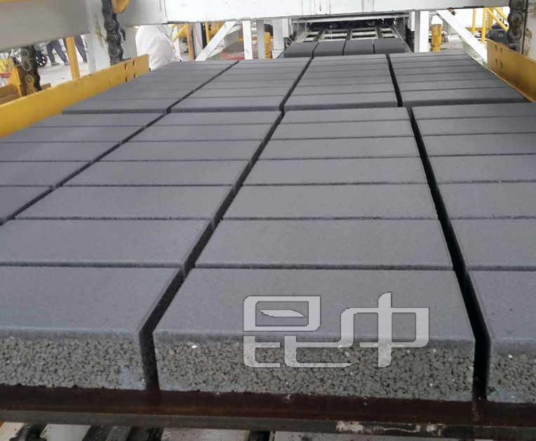 昆明高端灰混凝土透水砖厂家