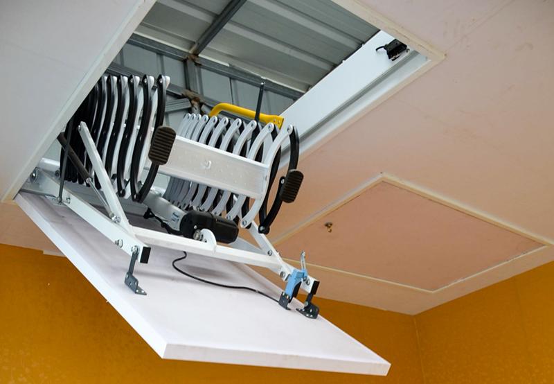 遙控電動款伸縮樓梯