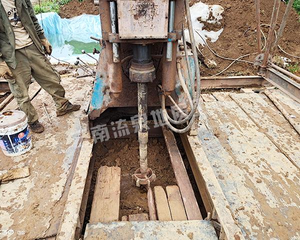 冷泉养殖场打井工程