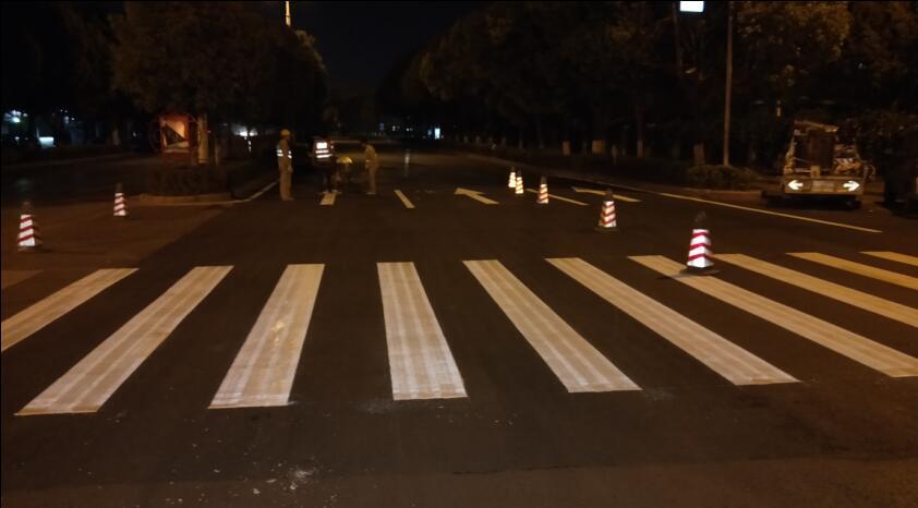 专业公路交通标线施工