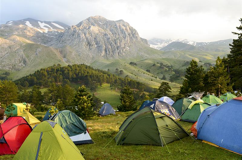 野外生存训练-搭帐篷