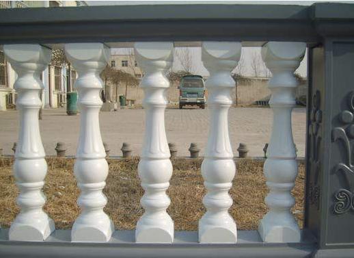 云南罗马柱模具厂家告诉你欧式建筑装饰风格与元素