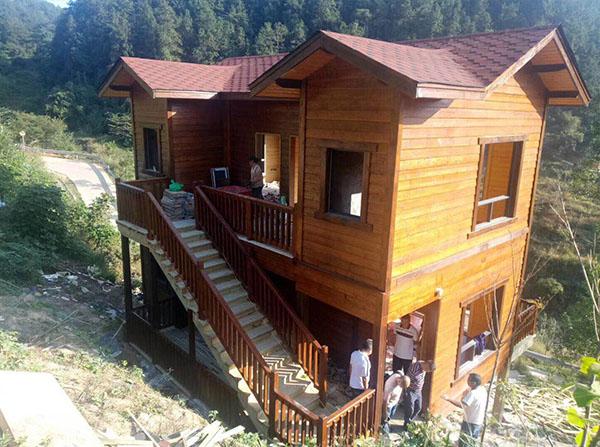 重型木屋别墅搭建