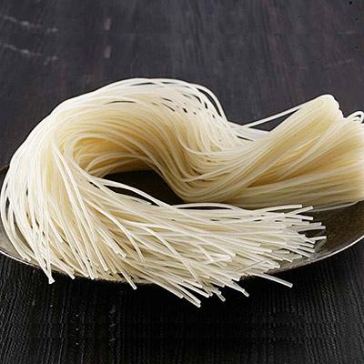 榨菜素肉丝米线的做法