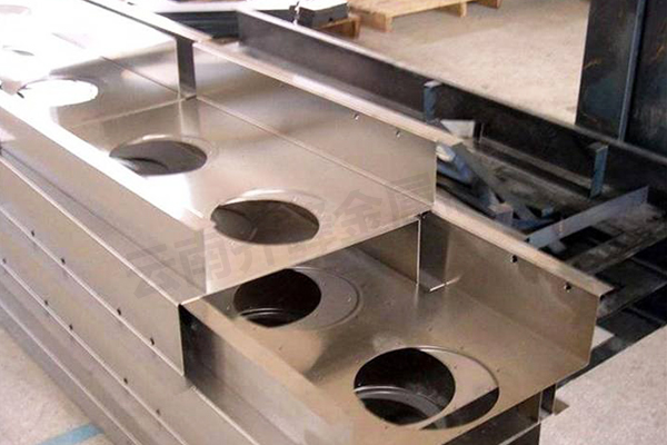 個舊鈑金加工定制廠家是如何進行鈑金選材的?