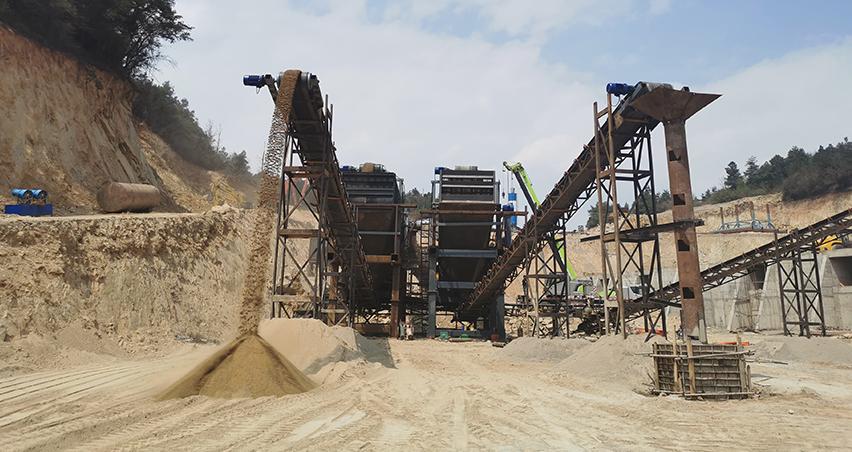 昆明千秋沙石厂,专业生产销售各类沙石,沙石批发配送一体化厂家,砂石厂规模1000多亩,是昆明周边大型