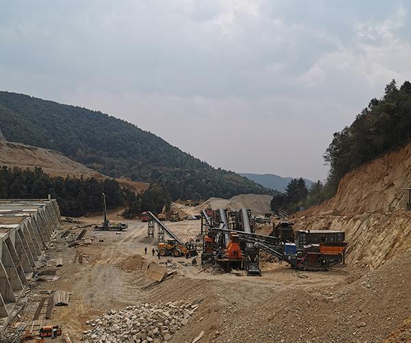 昆明砂石厂生产现场