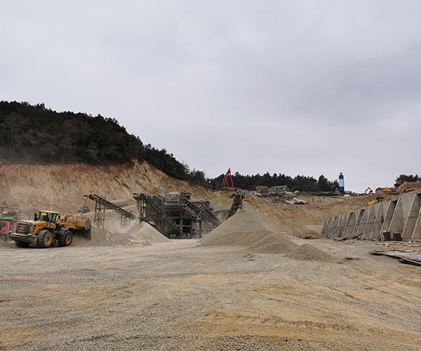 沙石业该如何发展,中央是如何制定沙石业发展方向的