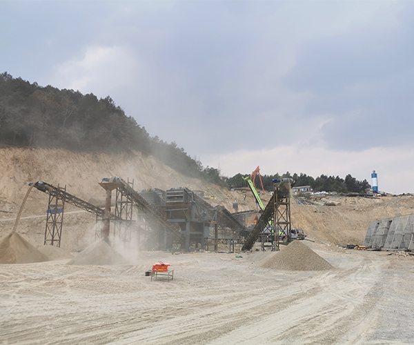 为何河南省的沙石价格出现大幅度涨价现象?