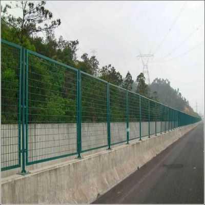 高速公路道路护栏