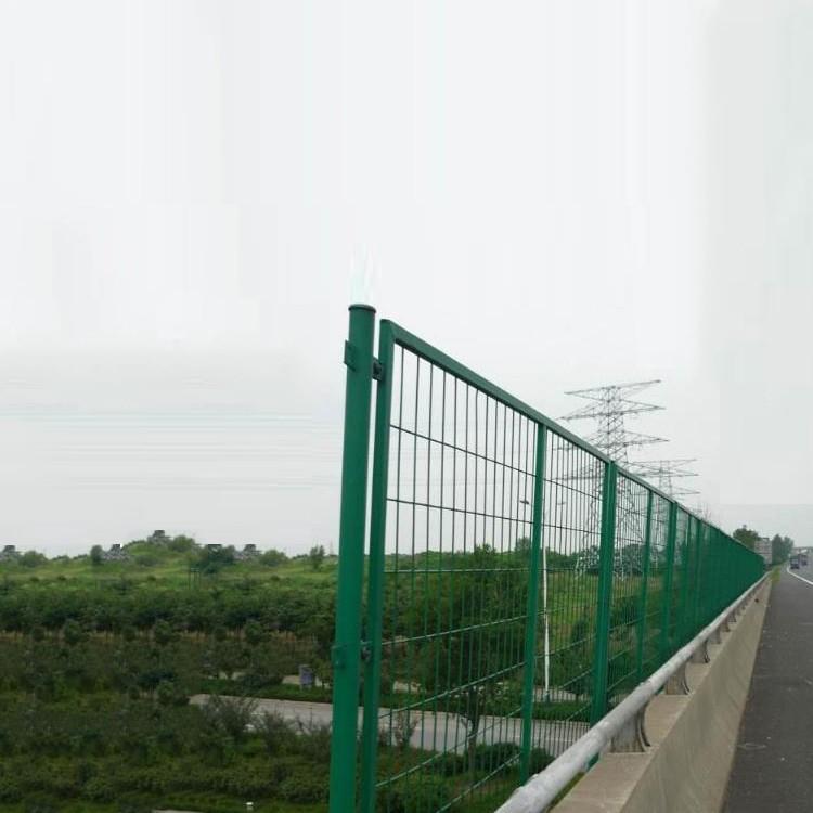 高速公路护栏---双边丝公路护栏