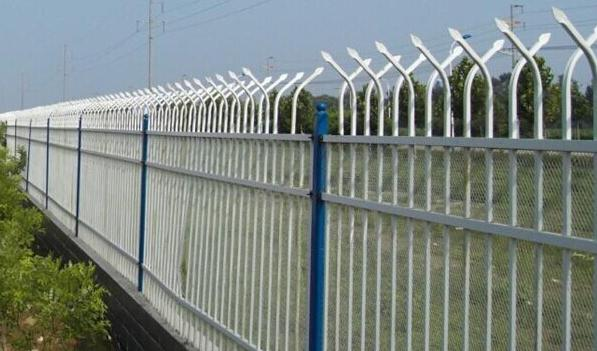 双弯头锌钢护栏