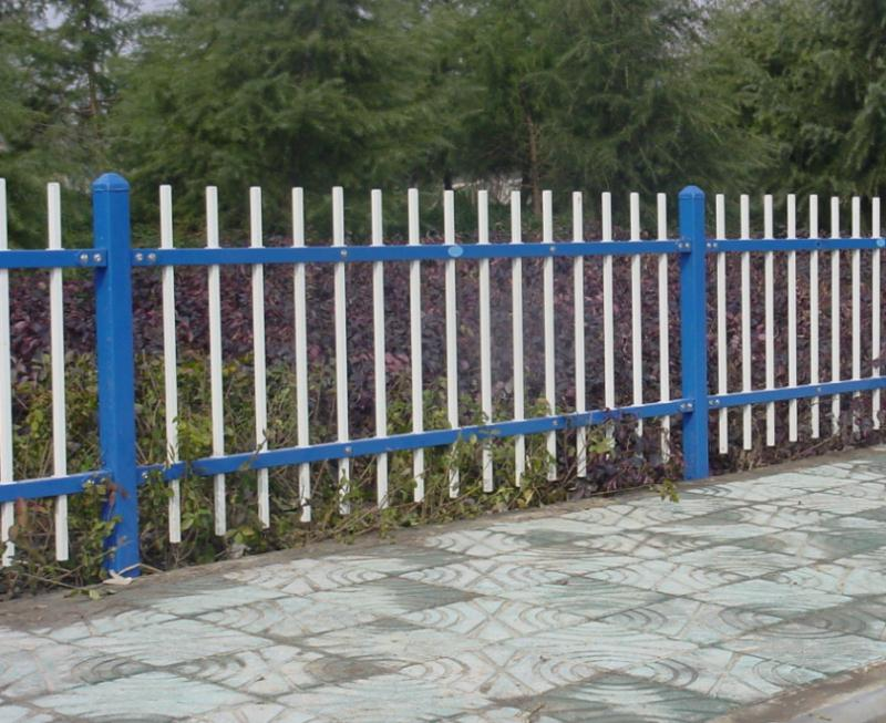 昆明草坪锌钢护栏