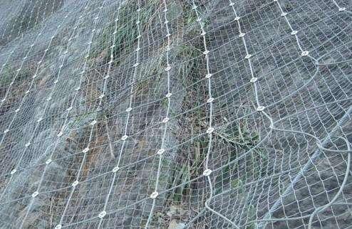 边坡防护网施工原理及操作方法
