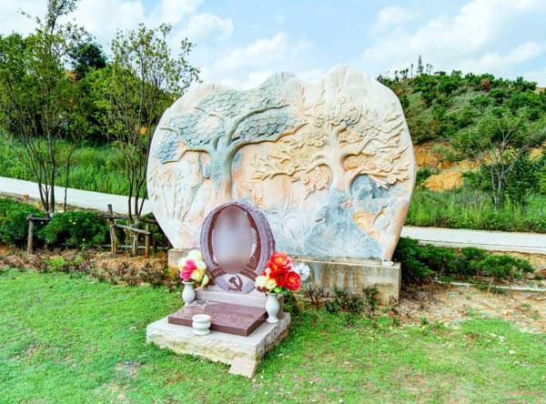 为什么墓碑逐渐趋向艺术化
