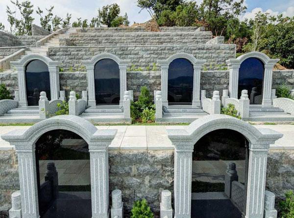 公墓陵园的大环境要满足什么要求才算风水好?如何看?