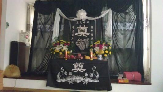 布置灵堂的注意事项有哪些?殡葬服务人员分享灵堂布置技巧
