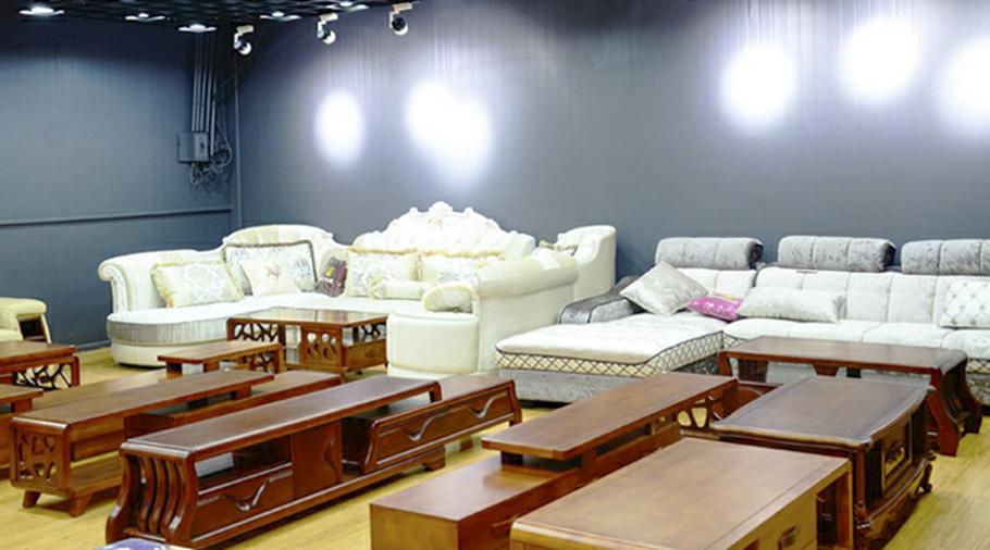 昆明鋼木家具西華展館店鋼木沙發