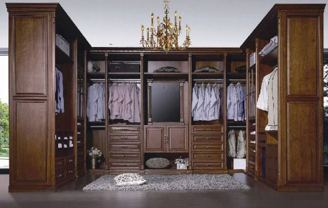 实木衣柜与板式衣柜哪种好?神工实木家具厂家为您解答