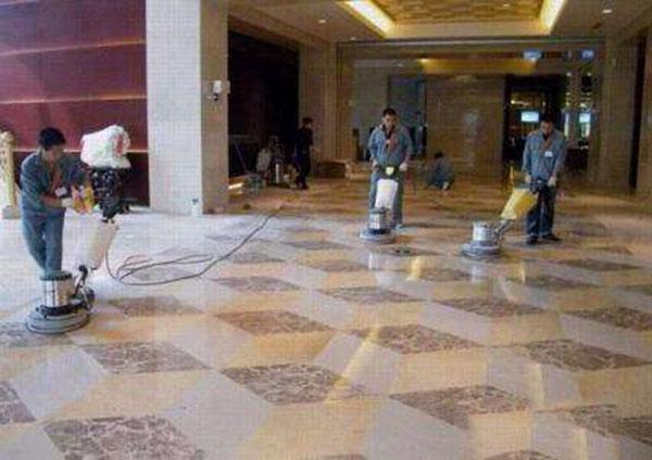 昆明家政公司分析地毯清洗湿洗和干洗到底哪个好