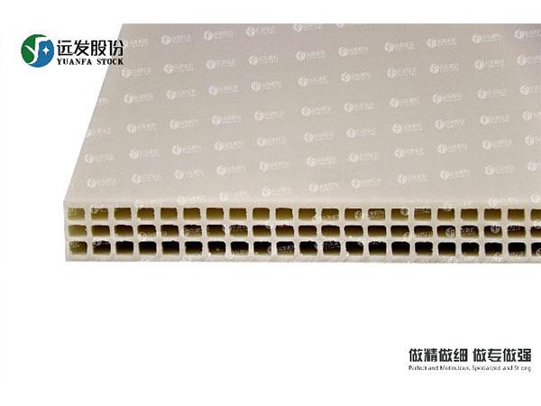 昆明建筑模板厂家讲讲新型合金塑料建筑模板有哪些性能及特点?