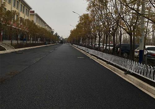 昆明盤江西路瀝青路面施工