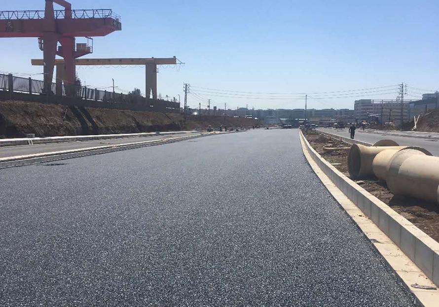 昆明經開區廣福路延長線瀝青路面施工