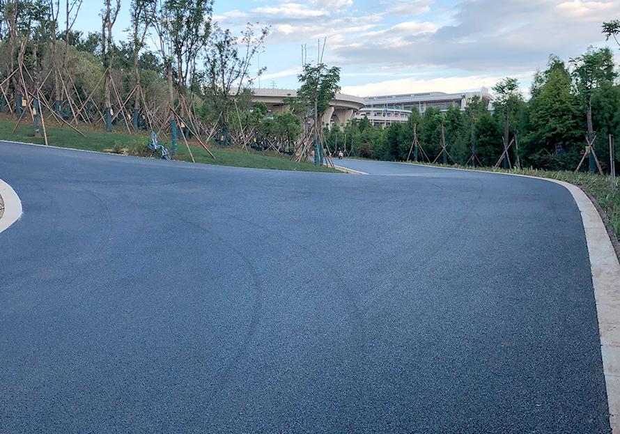 鄉村公路瀝青路面施工